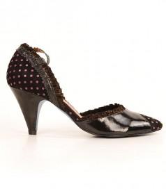 Pantofi din piele lacuita neagra Irregular Choice 3576