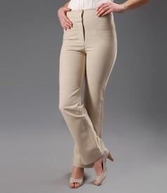Pantaloni cu buzunare din in bej
