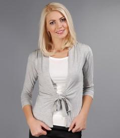 Bluza din jerse gri legata cu cordon