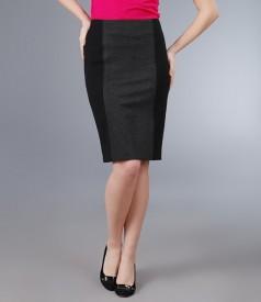 Fusta din stofa elastica neagra cu insertie gri
