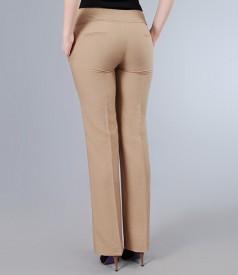 Pantaloni din vascoza bej cu tighel contrast