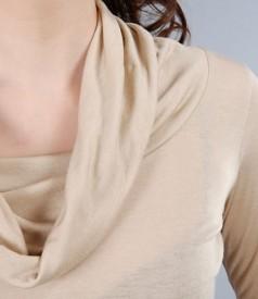 Tricou din jerse cu lana cu guler larg