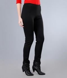 Pantaloni din jerse gros negru