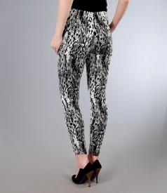 Pantaloni din stofa elastica brocata