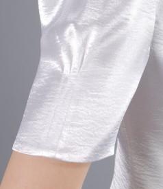 Sacou din saten elastic alb cu floare