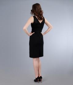 Rochie neagra cu garnitura de dantela