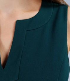Rochie din stofa elastica cu decupaj si garnitura