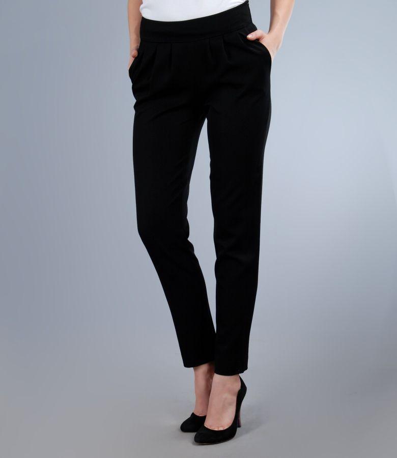 Pantaloni din stofa elastica neagra cu buzunare si falduri