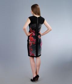Rochie din jerse elastic cu insertie florala