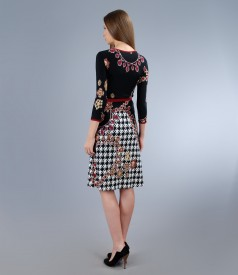 Rochie captusita din jerse elastic imprimat cu cordon