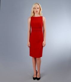 Rochie eleganta cu garnitura