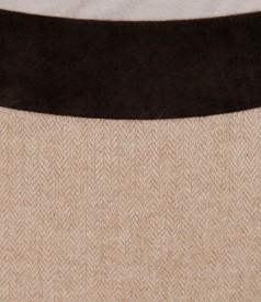 Fusta din lana alpaca cu garnitura de catifea