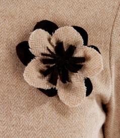 Rochie din lana alpaca cu floare