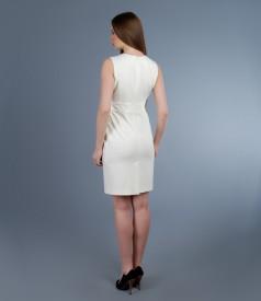 Rochie alb-ecru cu pliuri