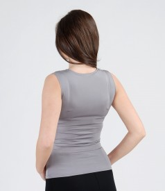 Tricou din jerse elastic satinat cu falduri
