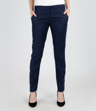 Pantaloni din in cu buzunare