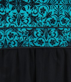 Rochie cu corsaj cu motive de catifea