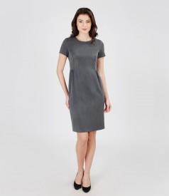 Rochie din stofa elastica cu pliuri