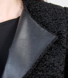 Jacheta din stofa buclata cu buzunare si garnitura de piele