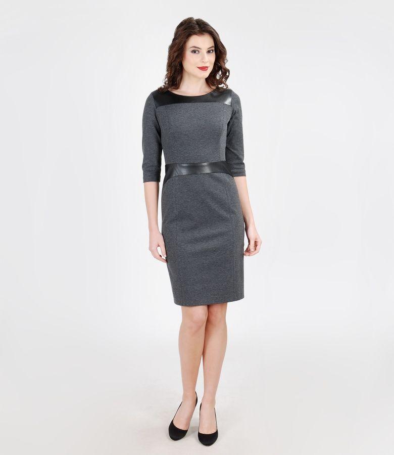 Rochie captusita din jerse elastic gros cu garnitura de piele