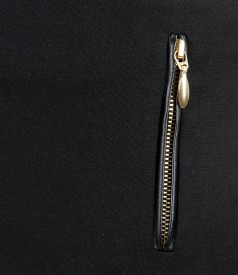 Fusta din jerse elastic gros cu garnitura si fermoare