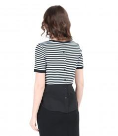 Bluza din jerse elastic alb-negru cu basc