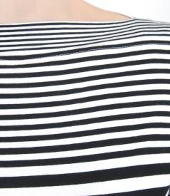 Tricou din jerse elastic imprimat