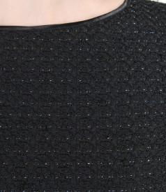 Rochie eleganta cu aplicatie si fir metalic