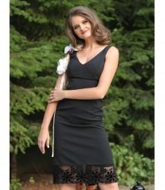 Rochie de seara scurta cu garnitura catifea