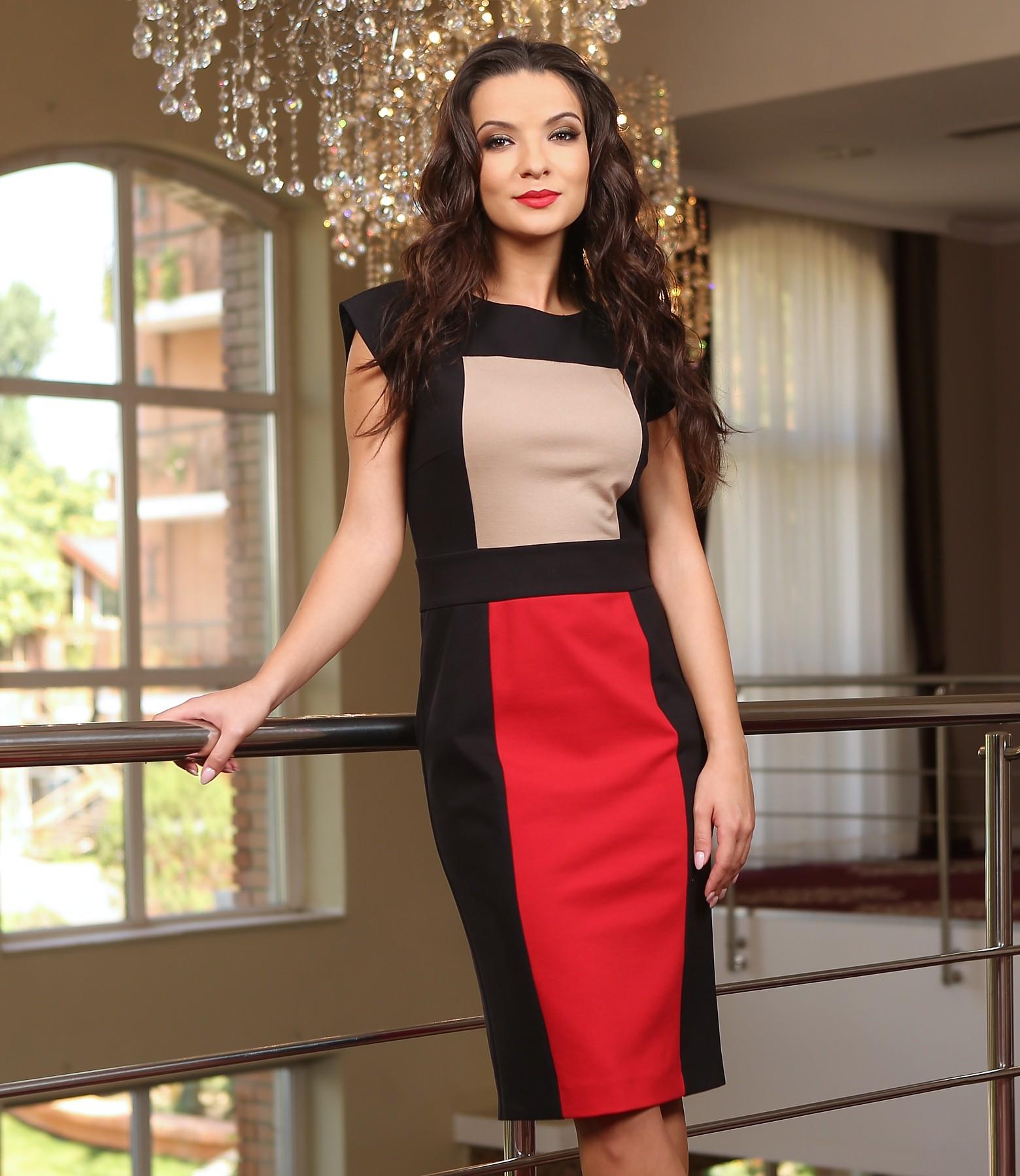 Gros Cu rochie din jerse elastic gros cu insertii bej-rosu-negru - yokko