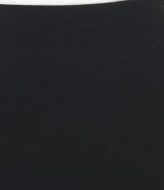 Fusta neagra din stofa elastica plina