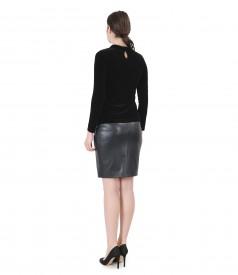 Bluza din catifea elastica cu aplicatie si fusta din piele ecologica