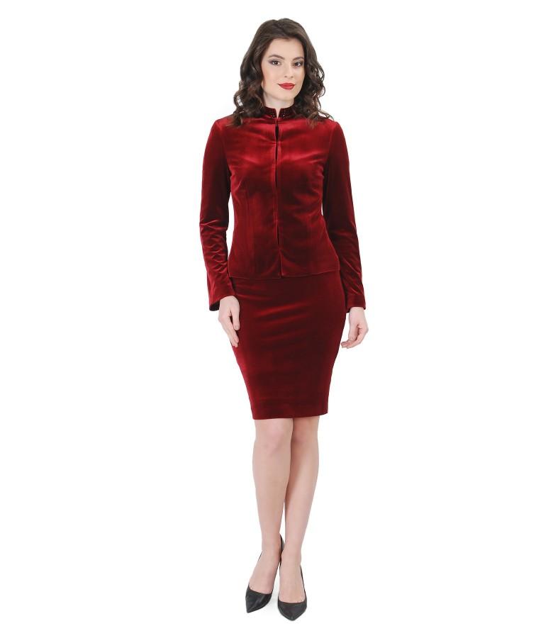 Costum dama de ocazie din catifea elastica cu aplicatie de cristale