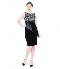 Rochie eleganta brocata cu motive de catifea