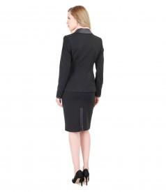 Costum office dama cu buzunare si garnitura de piele ecologica