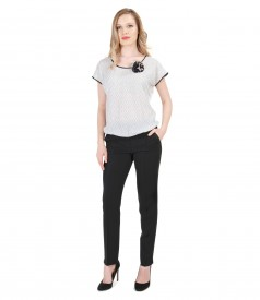 Tinuta cu bluza din jerse elastic cu fata imprimata si pantaloni creion