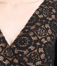 Rochie din dantela elastica cu pieptii suprapusi