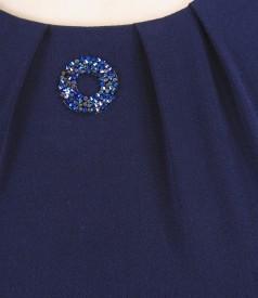 Rochie din jerse uni cu pliuri si aplicatie de cristale