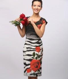 Rochie din brocart elastic cu motive florale