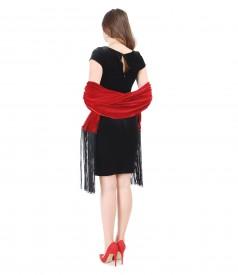 Rochie din catifea elastica si sal cu franjuri