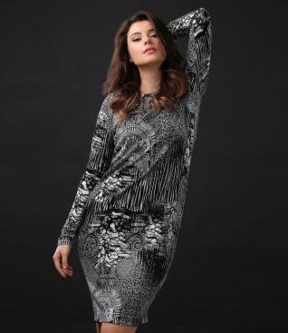 Rochie eleganta cu maneci lungi