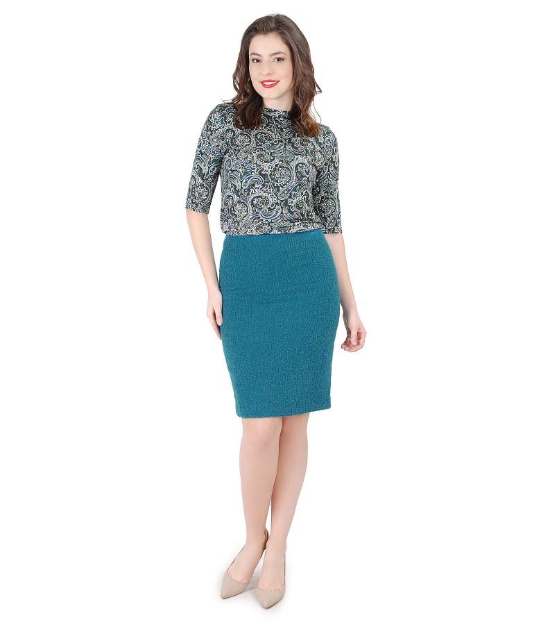 Tinuta eleganta cu fusta din bucle cu lana si bluza din jerse elastic