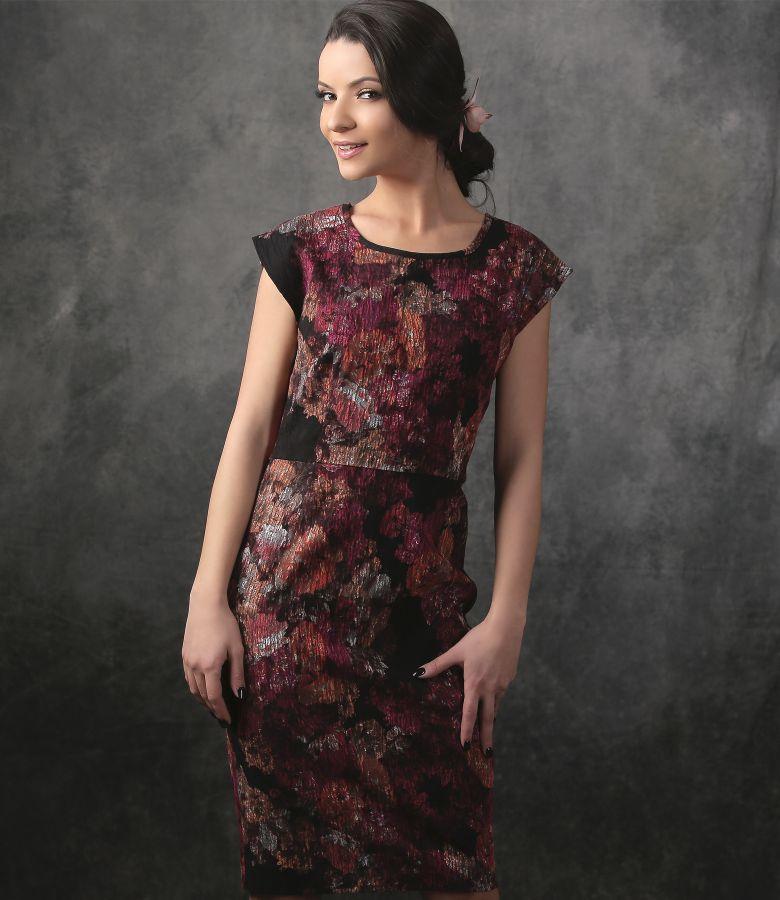 Rochie eleganta din brocart elastic cu imprimeu floral