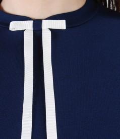 Bluza eleganta cu funda pe decolteu