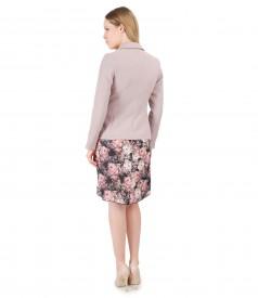 Sacou din stofa texturata si rochie din voal cu imprimeu floral
