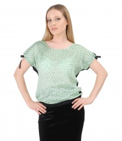 Bluza cu fata din vascoza imprimata