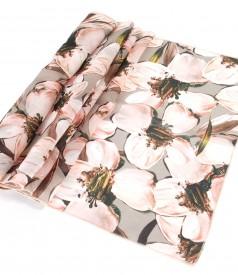 Esarfa imprimata cu motive florale
