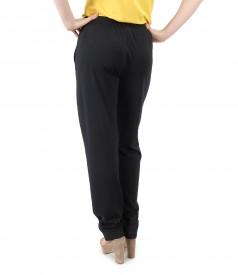 Pantaloni largi cu elastic in talie