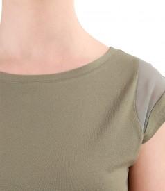 Tricou din jerse elastic cu insertie de voal