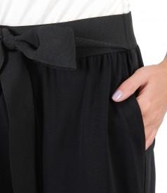 Pantaloni 3/4 din jerse cu cordon si vipusca din rips